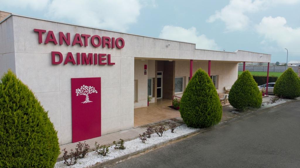DAIMIEL 01